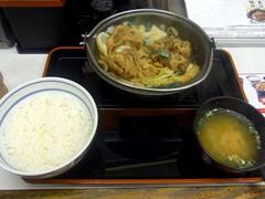 20140910甲府/吉野屋/牛バラ野菜焼定食490円.jpg