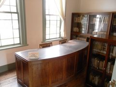 旧弘前市立図書館図書室.jpg