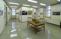 神奈川県庁本庁舎6階展示コーナー.jpg