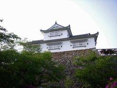 津山城・備中櫓を見上げる