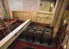 日本丸・機関室