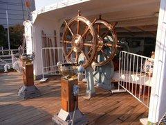 日本丸・舵輪