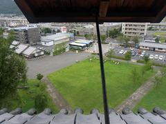 上田城・南櫓2階・窓からの眺め.jpg