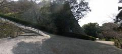 丸亀城・見返り坂を上から.jpg
