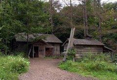 北の国から・最初の家・外観.jpg