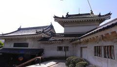 和歌山城・楠門と二ノ門櫓.jpg