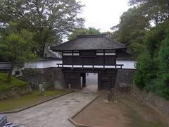 小諸城・三の門.jpg