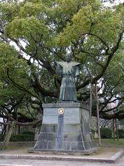 徳島城・蜂須賀家政銅像.jpg