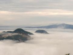 摩周湖近くの雲海.jpg