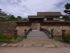 松代城・太鼓門と前橋2.jpg