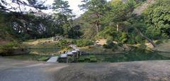 栗林公園・小普陀.jpg