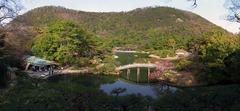 栗林公園・飛来峰・頂上からの眺め.jpg