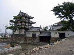 玉藻公園・水手御門と月見櫓.jpg