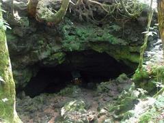 竜宮洞穴・奥.jpg