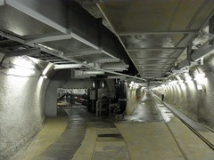 竜飛海底駅・ポンプ室と地下通路.jpg