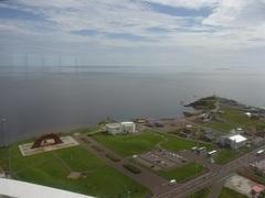 納沙布岬・平和の塔から見る北方館など.jpg