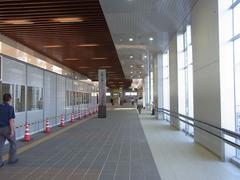 高岡駅・万葉ロード.jpg