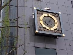高知市街地・からくり時計2.JPG