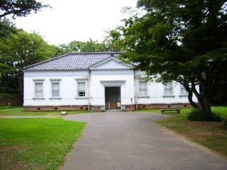 金沢城公園第6旅団司令部.jpg