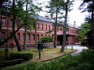 石川近代文学館.jpg