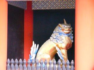 東照宮の獅子.jpg