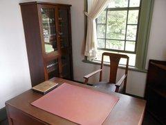 旧弘前市立図書館館長室.jpg
