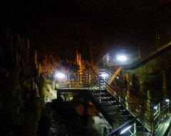 玉泉洞・階段