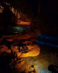 玉泉洞・青の泉