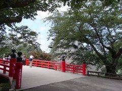 弘前城下乗橋.jpg
