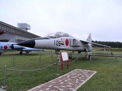 三沢航空科学館屋外T2.jpg