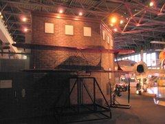 三沢航空科学館飛行機の部品を調べよう3.jpg
