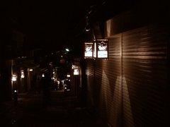 商店街の灯籠