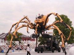 蜘蛛ロボット