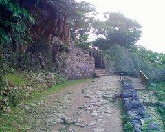 中城城・北の郭から西の郭への門
