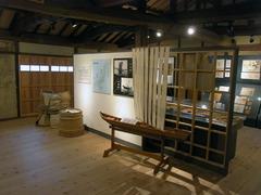 たばこ博物館・展示室2.jpg