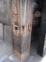 大阪城・門の柱.jpg