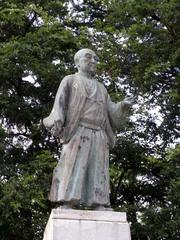 富山城・前田正甫公像.jpg