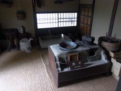 旧横田家住宅・勝手.jpg