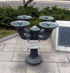 札幌大通公園・ベンソンの水飲み.jpg