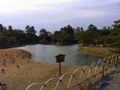 栗林公園・北湖.jpg