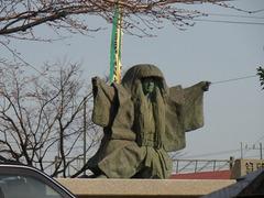 琴平駅・像.jpg