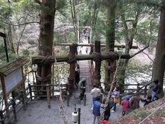 祖谷観光・かずら橋・渡り口.jpg