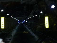 関電トンネルトロリーバス・県境と破砕帯.JPG