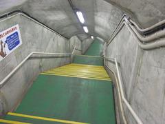 黒部ダム・地下通路.jpg
