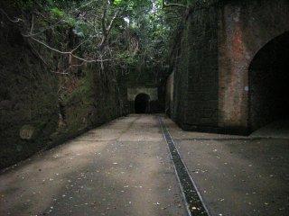 猿島トンネル.jpg