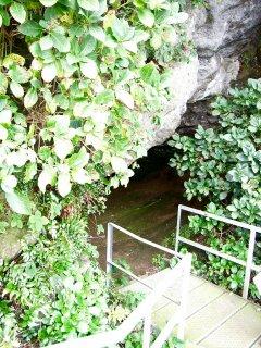 猿島洞窟.jpg